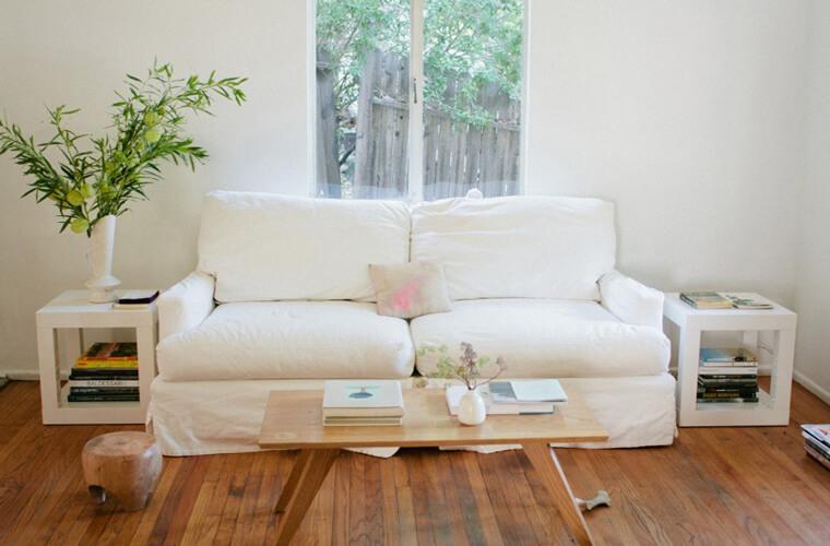 根據來訪朋友人數來決定沙發大小